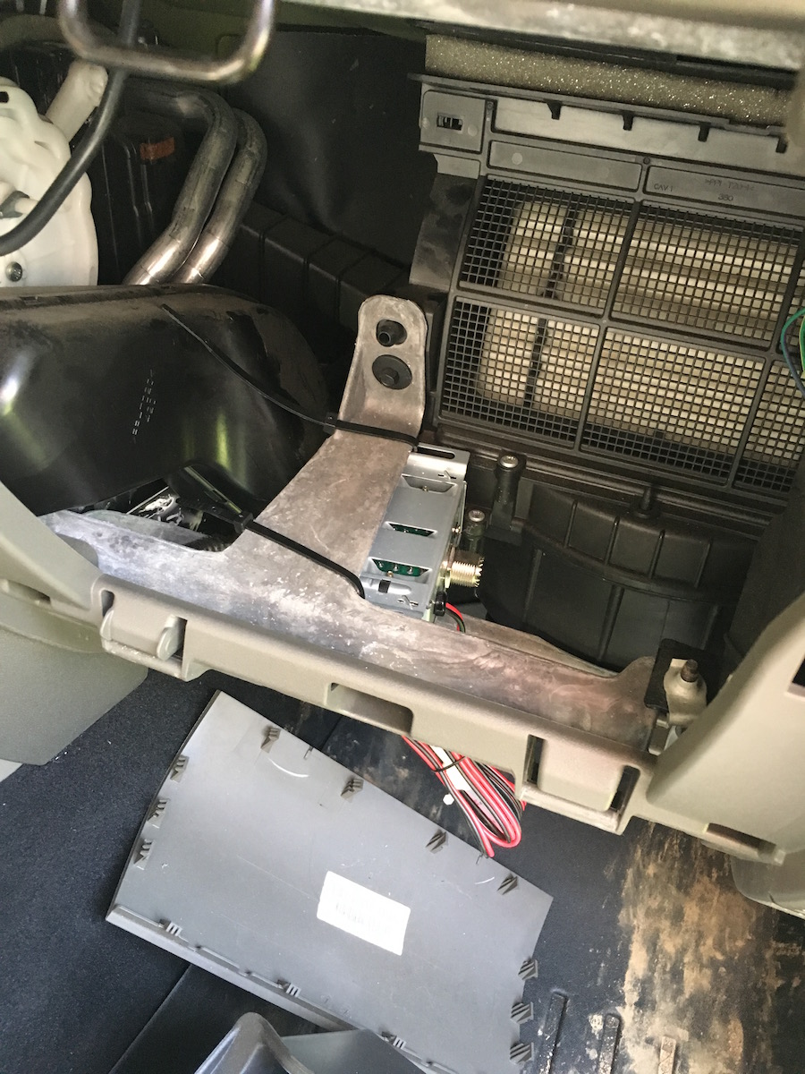 Installing cobra 75wxst in jkr jeep wrangler forum you remove the glove box no tools are needed here you just open your glove box and push the sides in and then pull it out quick and easy publicscrutiny Gallery